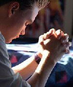 teen_praying